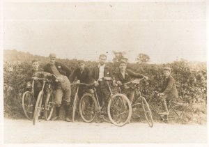 Waltham Forest Cyclists Bicycles Chingford Mount Road Postcard