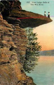 Wisconsin Dells~DANGER! Victorian Ladies Stand on Visor Ledge Over River~1912