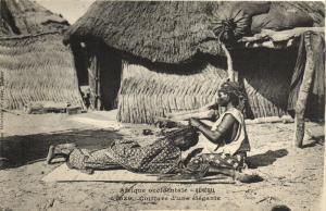 CPA Senegal Ethnic Nude Fortier - 1039. Coiffure d'une élégante (71148)