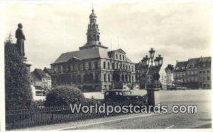 Stadhuis met Standbeeld Minckelers Maastricht Netherlands Unused