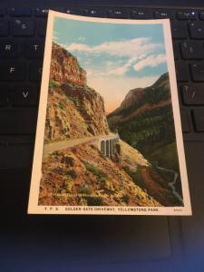 Vintage Postcard; Golden Gate Driveway, Yellowstone Park