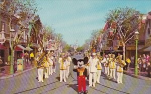Mickey Mouse And Disneyland Band Disneyland Anahem California