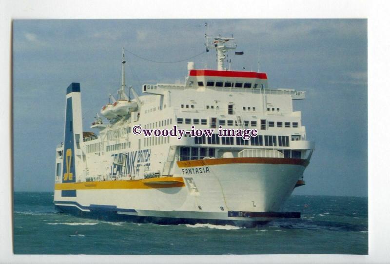 SIM0069 - Sealink British Ferries Ferry - Fantasia , built 1980 postcard
