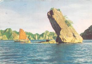 Vietnam Hon Con Con Toad Rock Le rocher du Crapaud