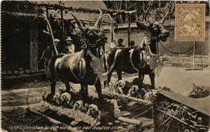 CPA INDONESIA-Lijkkisten in den vorm van van een houten stier (329682)