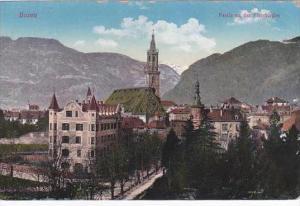 Italy Bolzano Bozen Partie an der Pfarrkirche