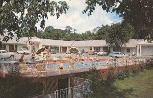 NASHVILLE , Tennessee , 1950-60s ; Mercury Court, Swimming Pool