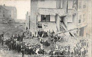 LPS72 Johnstown Pennsylvania 1889  Flood Main Street Victims Postcard