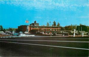 Spokane Washington~Desert Caravan Inn~Nice 1950s Cars Postcard