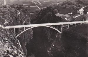 France Route de Salvan Pont du Gueuroz sur les Gorges du Trient Photo
