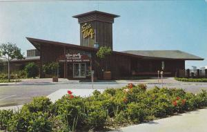 Exterior, Sea Wolf Restaurant, Oakland, California, 40-60s