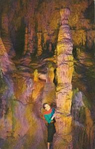 Totem Pole The Beautiful Caverns Of Luray Virginia