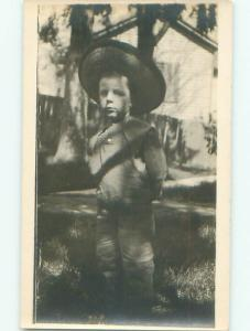 rppc Pre-1917 BOY WEARING HIS STRAW HAT AC8283