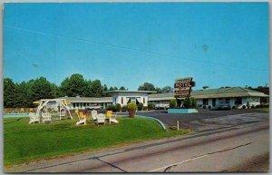 Greenwood, South Carolina Postcard YOUNG'S MOTEL Highway 25 Roadside 1961 Cancel