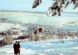 Oberwiesenthal (Kr. Annaberg) Blick vom Eckbauer zur Schanze und zur Stadt