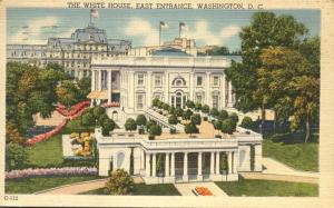 East Entrance to White House, Washington, DC - pm 1944 - Linen