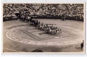 RPPC, Royal ? Entering a stadium