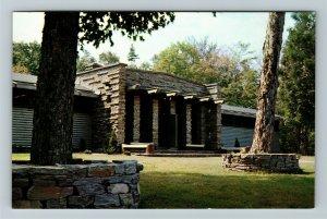 Ontario- Canada, Algonquin Provincial Park, Nature Museum, Chrome Postcard