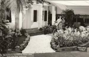 RP: INGLEWOOD , California , 30-40s ; International Flower Show Display