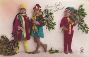 Christmas: RP, 3 kids & Christmas tree branches, PU-1934