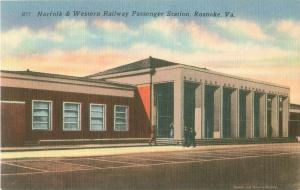 Norfolk & Western Railway Passenger Station Roanoke Virginia VA Linen Postcard