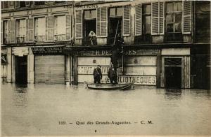 CPA PARIS Inondations 1910 Quai des Grands-Augustins (579480)