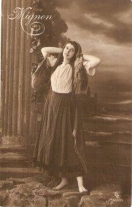 Lady. Mignon Old vintage antique German postcard