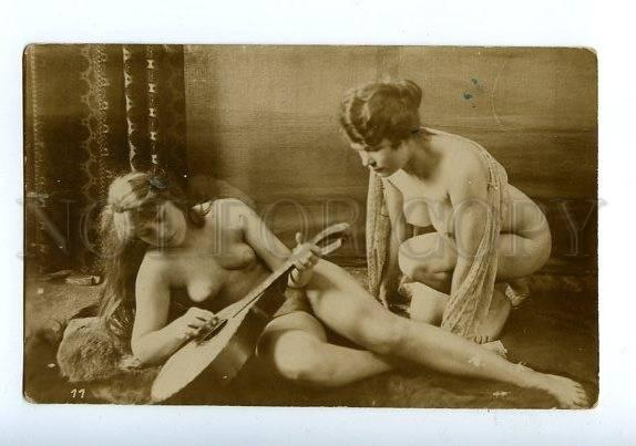 129056 NUDE Woman MUSICIAN Mandolin Vintage REAL PHOTO PC