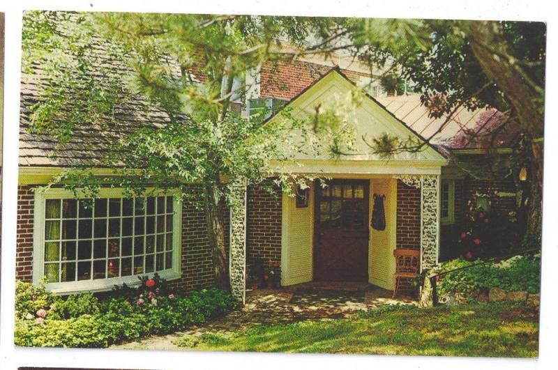 Kutztown PA Glockenspiel Restaurant US Route 222 Entrance