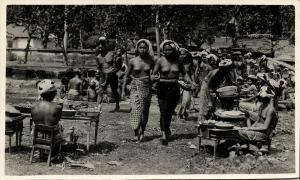 indonesia, BALI, Native Nude Women at the Market (1930s) RPPC