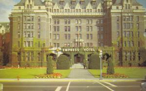 The Ivy Covered Empress Hotel, Victoria, British Columbia, Canada, 40-60s