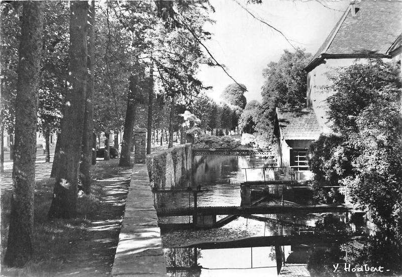 BR20643 Nemours les anciens fosses de la ville France