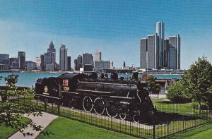 Train Steam Engine, The Spirit of Windsor, Detroit River and Skyline, Windsor...