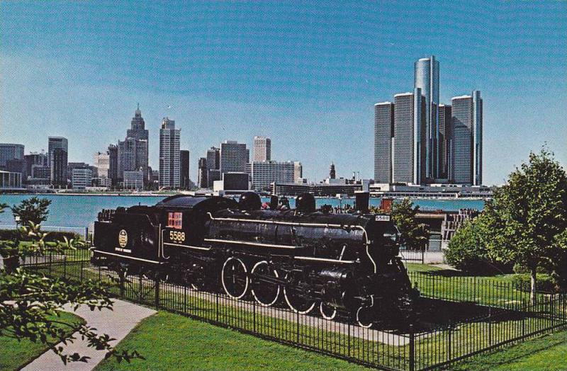 Train Steam Engine, The Spirit of Windsor, Detroit River and Skyline, Windsor...