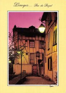 France Limoges Haute Vienne La rue du Rajat quartier Cathedrale