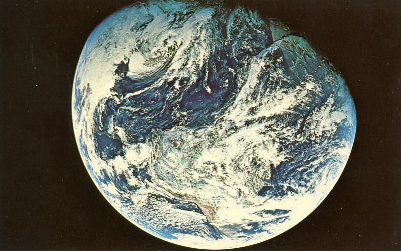 Astronomy - Apollo 8 Earth View