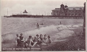 RP; SOUTHSEA, Hampshire, England, 1920-1940s; Bathing At South Parade