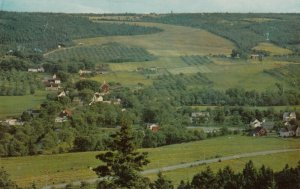 WOLFVILLE , Nova Scotia , Canada , 50-60s ; Gaspereaux Valley