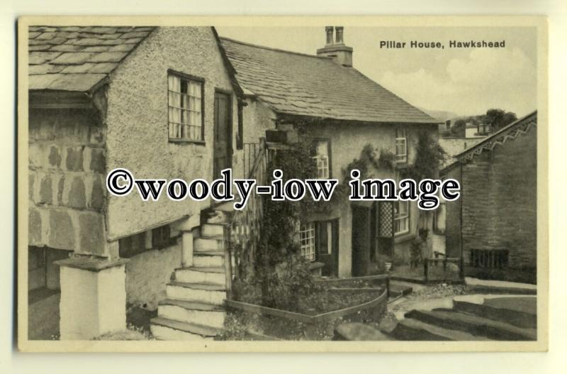 tp0329 - Cumbria - Pillar Cottage in Hawkshead, lives up to its name - Postcard