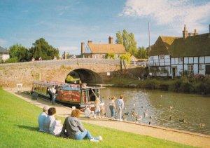 Rose Of Hungerford Kennet & Avon Canal Berkshire Postcard
