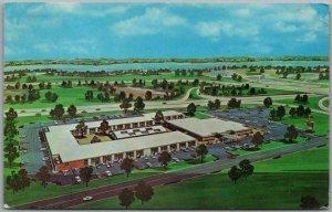 1960s East Springfield, Illinois ROUTE 66 Postcard HOLIDAY INN MOTEL Chrome