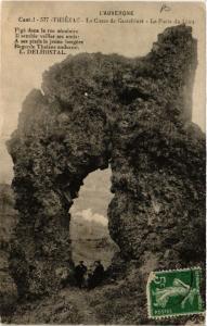 CPA THIÉZAC - Le Chsos de Casteltinet - La Porte du Lion (389871)