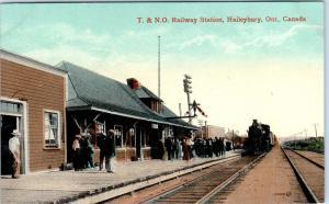 HAILEYBURY, Ont, Canada   T & N O RAILWAY  STATION W/ TRAIN  c1910s    Postcard