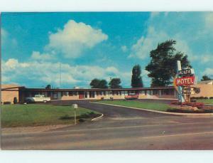 Unused Pre-1980 OLD CARS & PLAZA MOTEL Bryan Ohio OH u2974-12