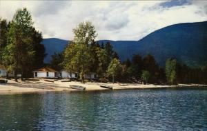 Beach at Sandy Point, SALMON  ARM, British Columbia, Canada, 40-60´