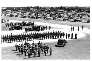 Postcard King George V at Mildenhall 1935 for Silver Jubliee Review of RAF T15