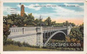 Lion Bridge & Light Hose Lake Park, Milwaukee, Wis, USA 1931