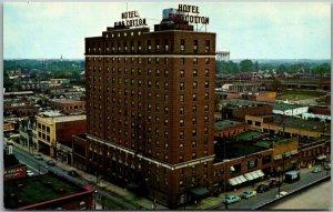 Greensboro, North Carolina Postcard HOTEL KING COTTON Street View c1950s Unused