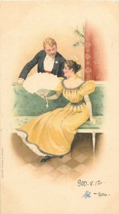 Szenasy es Reimann Budapest 1900 chromo litho elegant woman fan military lover