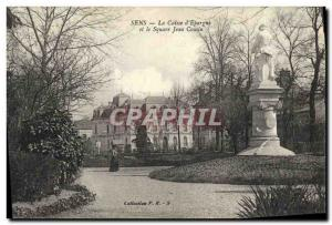 Old Postcard Sens Bank Caisse d & # 39Epargne and the Square Jean Cousin